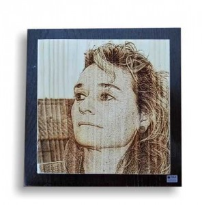Retrato grabado en madera